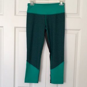 Z by Zella exercise fitness Capri leggings NWOT